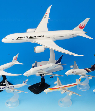 飛行機の模型も種類豊富。